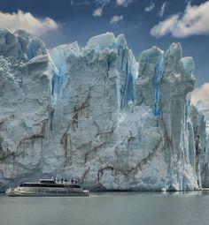 Perito Moreno Glacier in Partagonia, Argentina (by HITTHEROAD).