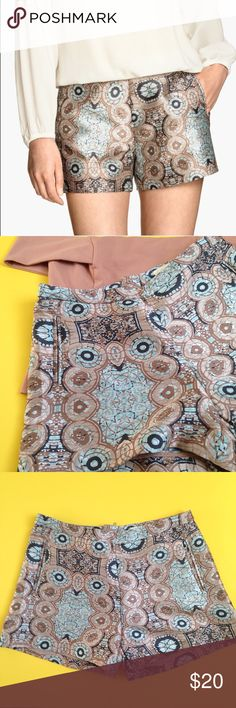 WEEKEND SALE! H&M Jacquard-Weave Shorts. New with tags. 98% polyester. 11% polyamide. H&M Shorts