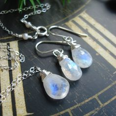 moonstone necklaces and earrings set  http://madebysam.ca/earring.html
