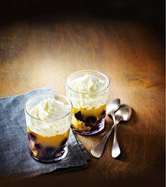 Une recette à tomber... Madeleines, myrtilles et crème au citron se marient à merveille dans ce dessert gourmand !
