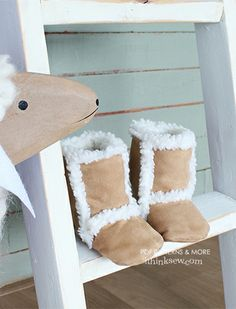 181 Finley Baby Boots PDF Pattern