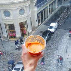 Shopping and carrot juice! Am trying to bring you sunshine in the scenery