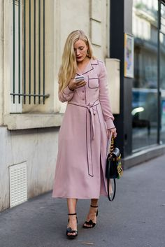 Just one of those no-frills, no-thought-needed pieces. #refinery29 http://www.refinery29.com/2016/10/125501/pfw-spring-2017-best-street-style-outfits#slide-28