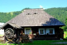 Traditional house, Bucovina, Romania www. Bucharest Romania, Vernacular Architecture, Little Cabin, Unusual Homes, Cabins And Cottages, Log Homes, Traditional House, Beautiful Landscapes, Old Houses