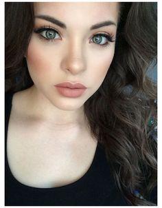 Lipstick For Pale Skin, Pale Skin Makeup, Lipstick Colors, Lip Makeup, Neutral Lipstick, Makeup List, Pink Lips, Lip Colors, Wedding Makeup For Brunettes