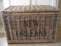 Grote rieten mand met vast deksel - L New Orleans