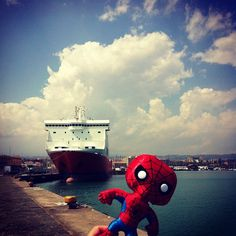 Spideruccio saluta Catania #igersitalia_swspidermantour #amazingspiderman #screenweek #igerscatania""