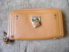 Chloe Bag brand new being sold by Kristyna