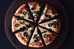 the best ever gluten free pizza crust!