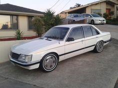 White sle Holden Australia, Australian Muscle Cars, Holden Commodore, Luxury Suv, All Cars, General Motors, Paint Ideas, Motor Car, Jdm