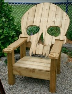 DIY  made from pallets, best pallet chair ever!