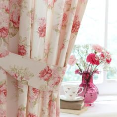 floral curtains | Floral curtains: These are reminiscent of a cute tea room or of ...