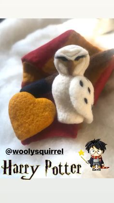 Fiber Artist Creating Pure Wool Newborn Photo Props by Woolysquirrel Coffee Pics, Coffee Pictures, Newborn Photo Props, Newborn Photos, Hedwig, Textile Art, Needle Felting, Newborn Photography, Fiber Art