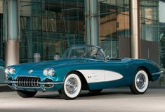 General Motors CEO Dan Akerson is putting up his 1958 Corvette on the auction block to help raise money for Habitat for Humanity Detroit. If you're in Detroit, be sure to check it out at the Chevrolet display along Woodward Ave. in Birmingham during the Woodward Dream Cruise.