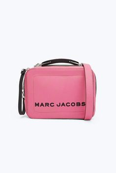 Meet the one-of-the-kind Box Bag from Marc Jacobs. Inspired from the vintage lunchbox, Shop the Box Bag Collection. Pink Moon, New Charmed, Box Bag, Best Bags, Marc Jacobs Bag, Types Of Fashion Styles, Bright Pink, Sale Items, Michael Kors Jet Set
