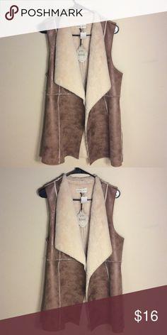 Faux Fur Vest NWT Faux Fur Vest Jackets & Coats Vests