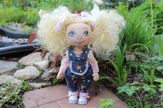 Текстильная коллекционная интерьерная кукла Анечка. Автор Надежда Лисицина Harajuku, Dolls, Style, Baby Dolls, Swag, Puppet, Doll, Baby, Outfits