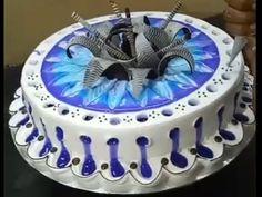 How to make floral design Rollcake! Make Birthday Cake, Happy Birthday Cake Images, Fancy Desserts, Fancy Cakes, Cake Decorating Techniques, Cake Decorating Tutorials, Beautiful Cakes, Amazing Cakes, Watermelon Dessert