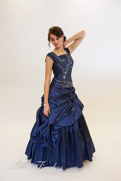 LOVE THIS!!! I wish I could have it for Prom!