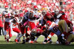 San Francisco 49ers running back Carlos Hyde carries the ball against the Kansas City Chiefs