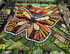 result for valentine's day fruit tray ideas - Brunch Recipes - Fruits And Vegetables, Veggies, Veggie Display, Fruit Photography, Fruit Displays, Eat The Rainbow, Best Fruits, Food Design, Macedonia