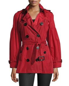 BURBERRY MIDDLEMERE BELL-SLEEVE SHORT TRENCH COAT, RED. #burberry #cloth #