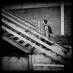 STREETPHOTO_BRASIL   @cassiojpsilva Data:  30 Março 2016 Seleção: @anthony_carlos09  Parabéns  Marque você também para fotografias de rua #StreetPhoto_Brasil e apareça por aqui!   @StreetPhoto_Brasil #streetphotography #streetview #chiquesnourtemo #igersbrasil #galeriamink #saopaulowalk #instastreet #igers #instagrambrasil  #achadosdasemana #fotografiaderua #urban #instastreet #saopaulocity #supermegamasterpics #vscostreet #visualbrasil #ig_saopaulo_ #vscocam  #icu_brazil #parededevidro…