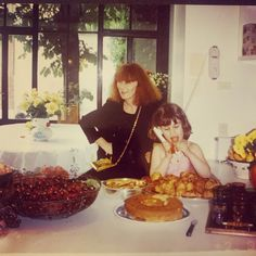 "326 mentions J'aime, 19 commentaires - Lola (@lolarykiel) sur Instagram: ""Eating in the kitchen on my 6th birthday 🎂 memories#90s #paris 📸 @nathalierykiel"" Memories, Paris, Birthday, Sonia Rykiel, Anime, Painting, Instagram, Kitchen, Memoirs"