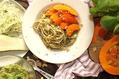 žít vege: (raw)těstoviny s brokolicovým pestem a pečenou dýn...