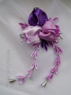 Orchid kanzashi with falls