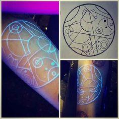 Uv Tattoo, Neon Tattoo, Home Tattoo, Dark Tattoo, Makeup Tattoos, Piercings, Ink, Drawings, Artwork