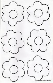 Creative Activities For Kids, Diy For Kids, Crafts For Kids, Hand Embroidery Patterns, Cross Stitch Patterns, Festa Lady Bag, Flower Pattern Drawing, Seed Bead Flowers, Flower Template