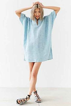 The perfect summer dress Urban Dresses, Nice Dresses, Friend Outfits, Comfortable Outfits, Party Fashion, Types Of Fashion Styles, Urban Fashion, Passion For Fashion, Editorial Fashion