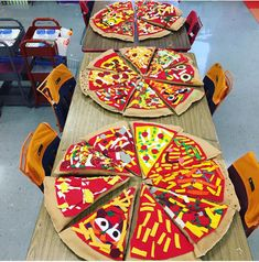 In the Art Room: Art Show, Displays Part 3 (Cassie Stephens) 3d Art Projects, School Art Projects, Pizza Kunst, Pizza Pillow, 4th Grade Art, Fourth Grade, Pizza Art, Middle School Art, High School