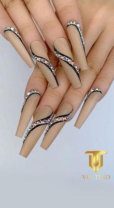 Bling Acrylic Nails, Glam Nails, Best Acrylic Nails, Hot Nails, Rhinestone Nails, Bling Nails, Cute Acrylic Nail Designs, Nail Art Designs, Bling Nail Art