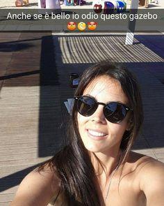 Io odio questo gazebooooo.....anche se è bellissimo #zaffiro76 #Rimini #spiaggia #mare #sole #snapchat #bagnina #sivernicia #lapedanamiaspetta #aiutoooooooo by bagnozaffirorimini