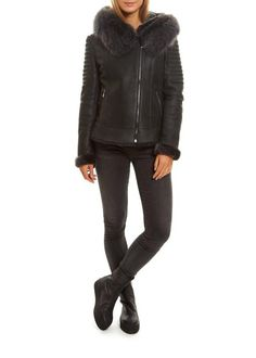 Leading online upscale fashion boutique in London for women's outerwear. Selecting designers such as Canada Goose, Mackage, Rino & Pelle and Ventcouvert, Fur & Leather coats and much more.