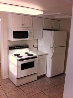 Laurel - 2 Bdrm 1bth w/ Garage - Laurel MT Rentals | Recently updated 2 bedroom 1bath apartment with single detached garage. Water paid washer and dryer built in microwave off street parking grounds maintenance front porch/ sunroom in a quiet neighborhood. Please call Sam @ 406-855-2875 for a ... | Pets: Negotiable | Rent: $585.00 per month | Call Robertus Properties LLC at 406-855-2875
