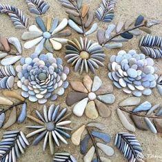 Stone flowers by I Sassi Dell'Adriatico by Sehnaz Bac Pebble Mosaic, Pebble Art, Mosaic Art, Mosaics, Rock Mosaic, Garden Yard Ideas, Garden Crafts, Garden Projects, Rock Garden Design