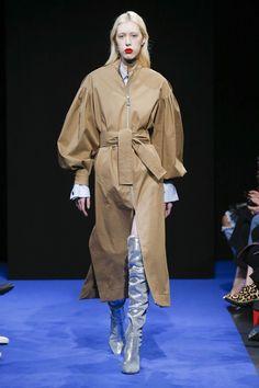 Osman Autumn/Winter 2017 Ready-to-wear Collection | British Vogue