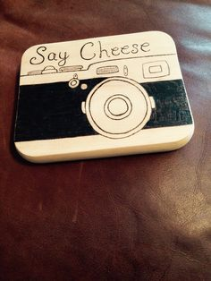 Say cheese board - small cheese chopping board with camera image using pyrography great retro design Christmas gift for photographers.