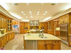 dream+kitchen | Dream Kitchen! | For the Home  possible the biggest kitchen i ever seen