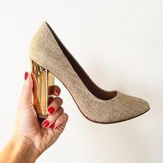 Gorgeous gold heel.