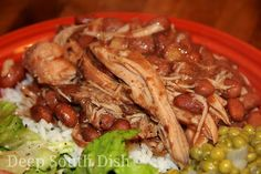Deep South Dish: Slow Cooker Pork and Beans (not the sweet bbq kind, but like southern beans) Crock Pot Slow Cooker, Crock Pot Cooking, Slow Cooker Recipes, Crockpot Recipes, Cooking Recipes, Crock Pots, Casserole Recipes, Cooking Tips, Pork And Beans Recipe