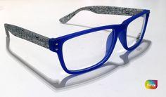 c9abd43741 Gafas graduadas para #hombre. Color #azul con pestañas diseño #emoticonos  Gafas Graduadas