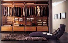 A l'approche de l'hiver voici quelques conseils pour bien aménager son dressing. Les étagères, boites de rangement, portants en inox, organisez votre dressing!