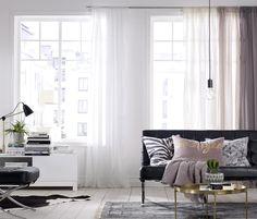 ellos,kevät,kevät sisustus,kevät sisustus olohuone,sohva,verhot,sivuverhot,verho,sivuverho,valkoinen,pastellivärit,pastellisävyt,pastelliväri,pastelli,pastellinsävyjä,pastellisävy,pastellivärejä,matto,matot,sohvatyynyt,tyyny,tyynyt,koristetyynyt,koristetyyny,sohvapöytä,pöytä,pöytävalaisin,pöytälamppu,ikkunavalaisin,valaisin,valaisimet,rahi,musta,metalli,sisustus,sisustustyynyt,sisustustyyny,sisustusidea,sisustusvinkki,olohuone