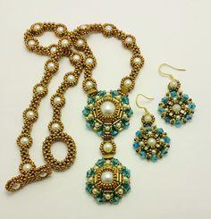 Bead Designs by Yvonne King: Cleopatra Earrings Beading Tutorial