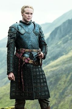 Brienne of Tarth, Game of Thrones Season 4 – Game of Thrones (TV Series – Episodes, Characters & Comments Game Of Thrones Brienne, Arte Game Of Thrones, Game Of Thrones Dress, Valar Dohaeris, Valar Morghulis, Winter Is Here, Winter Is Coming, Movies And Series, Tv Series