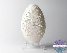 Carved Eggs, Art Carved, Egg Shell Art, Easter Egg Designs, Easter Egg Crafts, Egg Art, Acrylic Box, Egg Decorating, Birthday Decorations